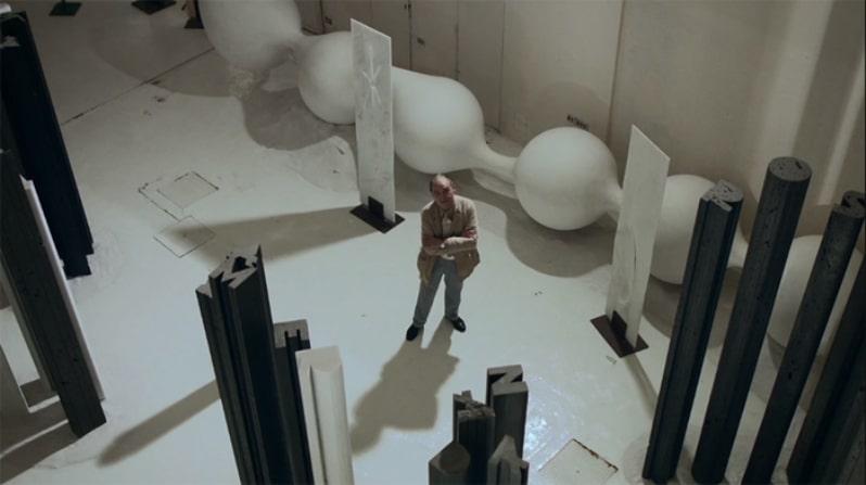 Fotograma del vídeo 'In Residence: Xavier Corbero' para Nowness