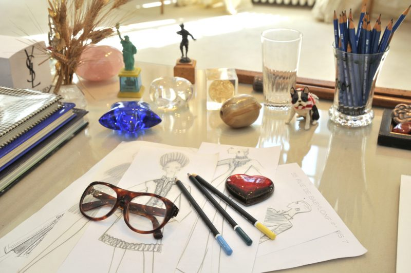 Dentro del estudio de Yves Saint Laurent – VEIN Magazine