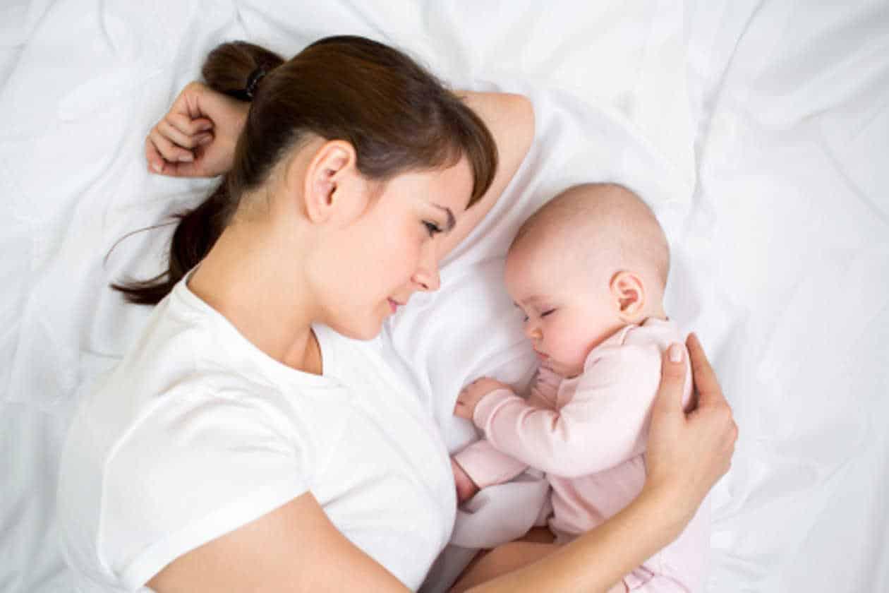 dormir-con-el-bebe-aumenta-el-riesgo-de-muerte-subita-3